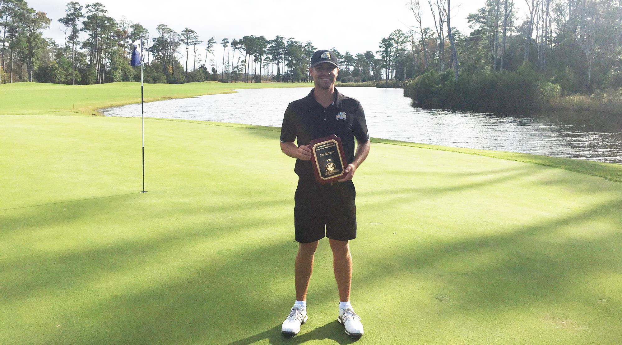 edwards caps off fall by tying for second at odu obx collegiate